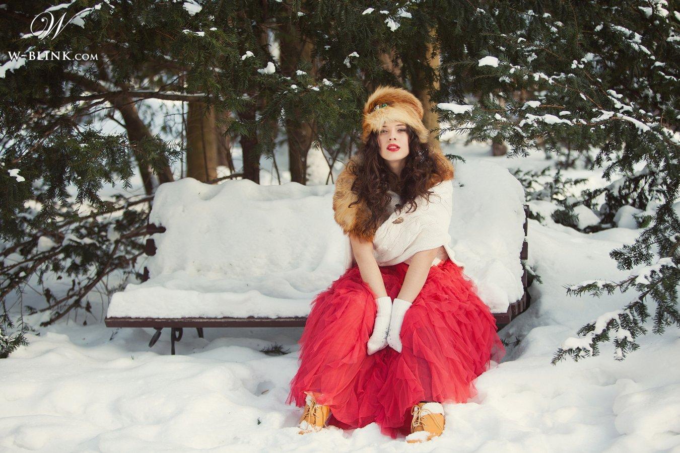 Русскя красавица в лесу 23 фотография